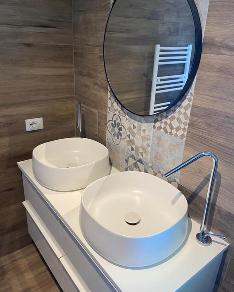 ceramica-lavabo-appoggio-bianco-opaco-charm-bathroom.jpg