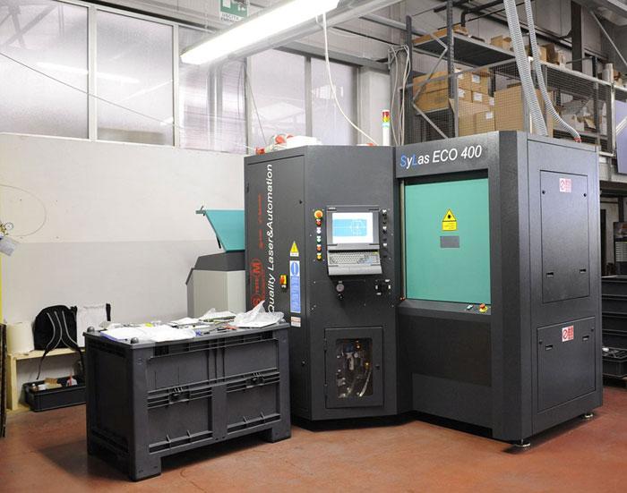 taglio laser soffioni docce in acciaio inox