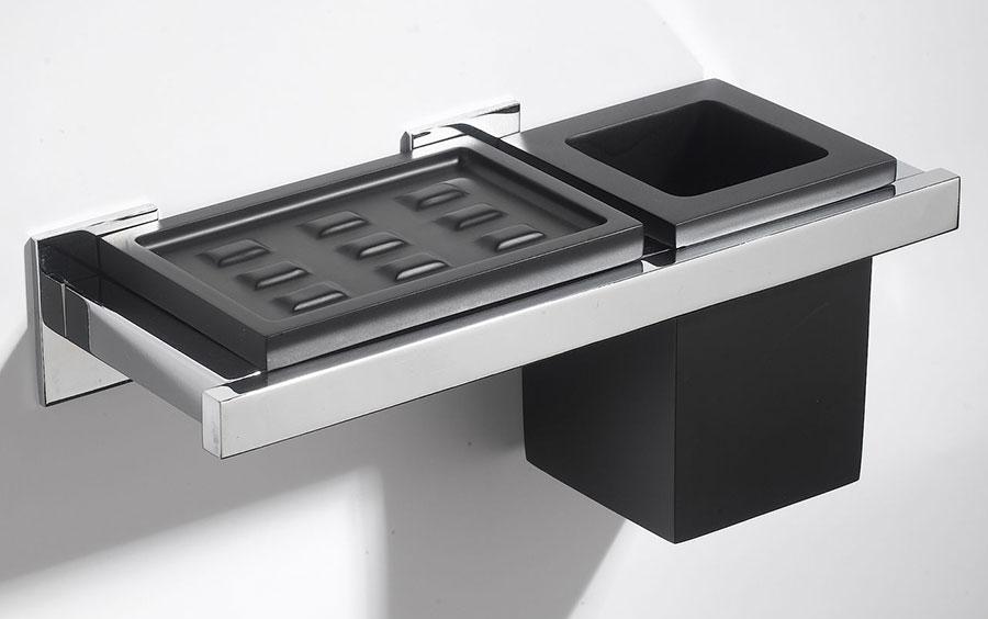 porta-sapone-bicchiere-nero-vetrex-supporto-ottone-carlo-iotti-charmbathroom.jpg