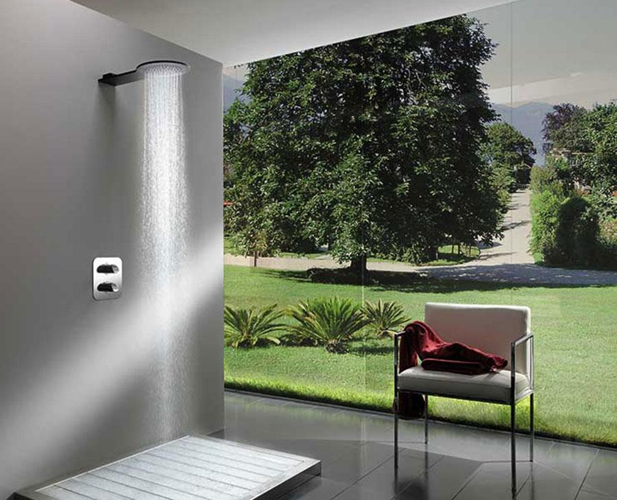 soffione-doccia-newton-alluminio-attacco-a-parete-getto-pioggia.jpg
